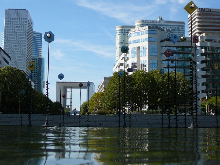 La Defense obr3